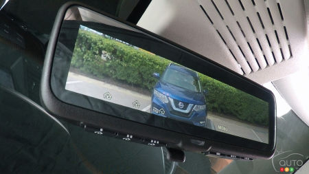 Intelligent Rear View Mirror coming to 2018 Nissans