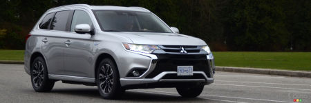 mitsubishi outlander phev 2018 essai et prix essais routiers auto123. Black Bedroom Furniture Sets. Home Design Ideas