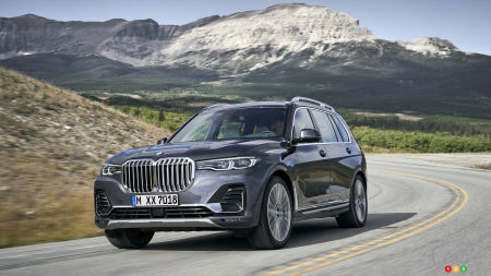 BMW Presents Big, Buff X7 ahead of LA Auto Show