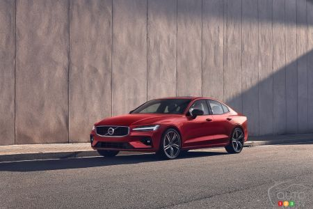 Volvo unveils first car subscription service in Canada
