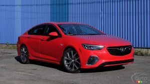 2018 Buick Regal Sportback GS: Flash Review and Photo Gallery