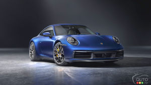 Porsche to offer a 911 hybrid by 2022