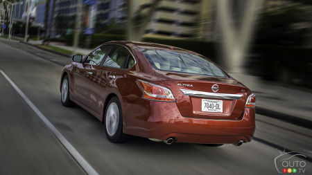 NHTSA Looking into Suspension Issue Affecting 374,000 2013 Nissan Altimas