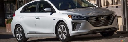 hyundai ioniq hybride rechargeable 2018 essai et prix essais routiers auto123. Black Bedroom Furniture Sets. Home Design Ideas
