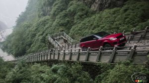 Range Rover Sport PHEV: 999 Steps to Heaven's Gate