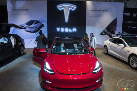 Toronto 2018 Tesla Model 3 Makes First Canadian Earance