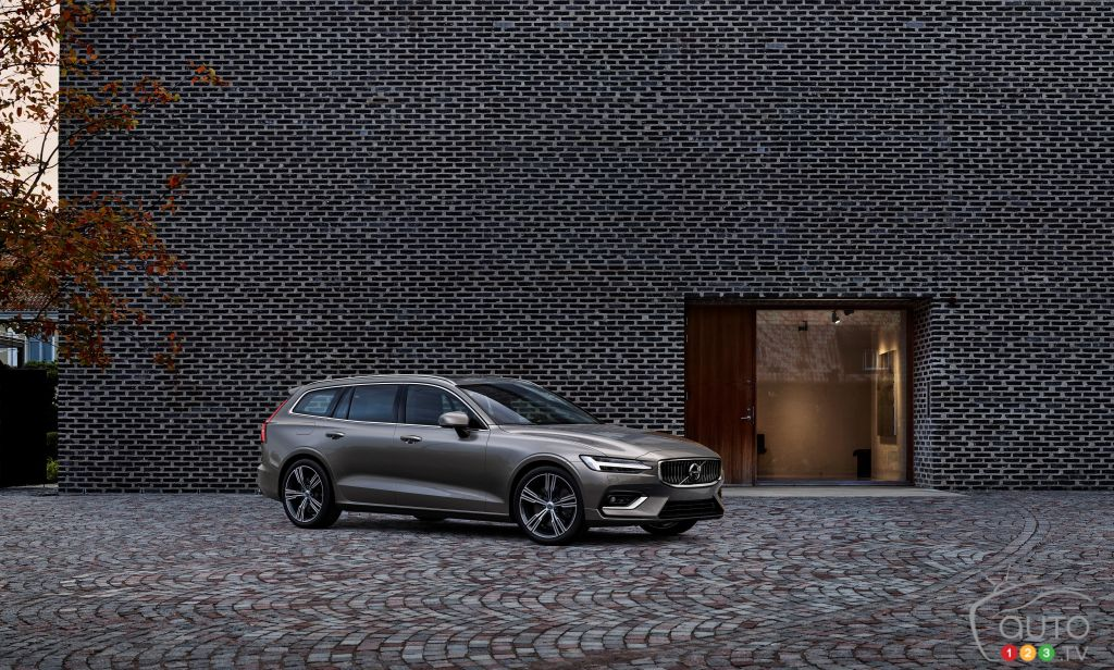 A Makeover for the Volvo V60!