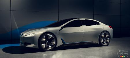 BMW i4 in 2020, With a Range of up to 700 km
