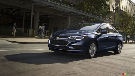 Chevrolet Cruze To Get Makeover for 2019