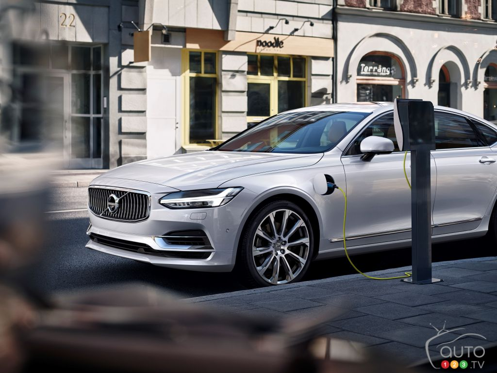 Volvo Focused On Electrifying Not Developing New Models Car News The Electric Concept Chevrolet Fnr Auto123