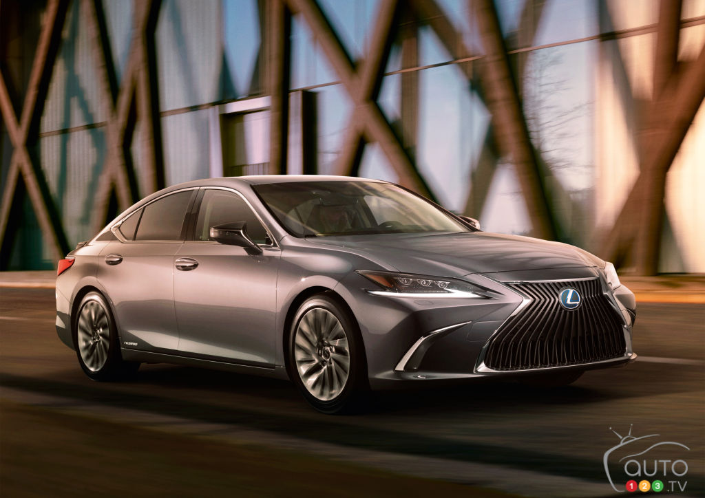 First images of Lexus ES Released