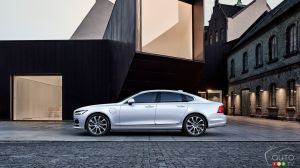 Review of the 2018 Volvo S90 T8 Twin Engine Plug-In Hybrid