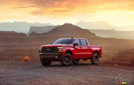 Gas and Diesel Turbo Engines added for 2019 Chevrolet Silverado