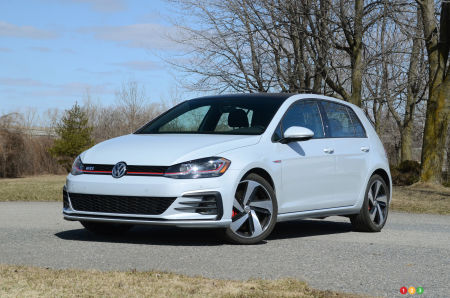 2018 Golf Gti >> Review Of The 2018 Volkswagen Golf Gti Car Reviews Auto123
