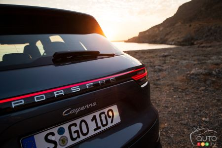 Porsche Cayenne Will Get Coupe Version
