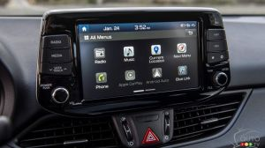 Apple CarPlay and Android Auto: Safer Than Manufacturer's Systems