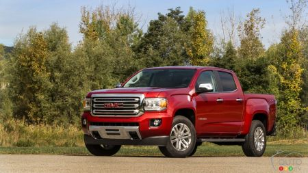 2018 GMC Canyon Diesel  : Life-size, not mid-size
