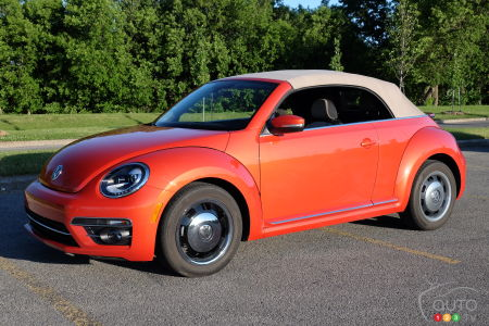 Review Of The 2018 Volkswagen Beetle Convertible Car