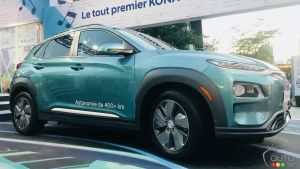The Kona Electrifies Montreal Jazz Fest