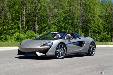 Review of the 2018 McLaren 570S Spider | Car Reviews | Auto123