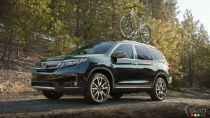 Refreshments all around for the 2019 Honda Pilot
