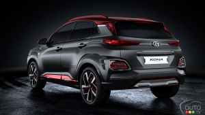 Hyundai Veloster Turns Into Zombie Survival Machine Car News Auto123