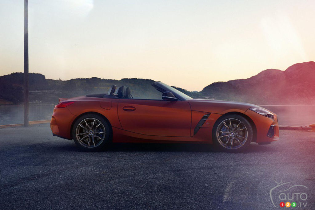 At last, real images of the new BMW Z4