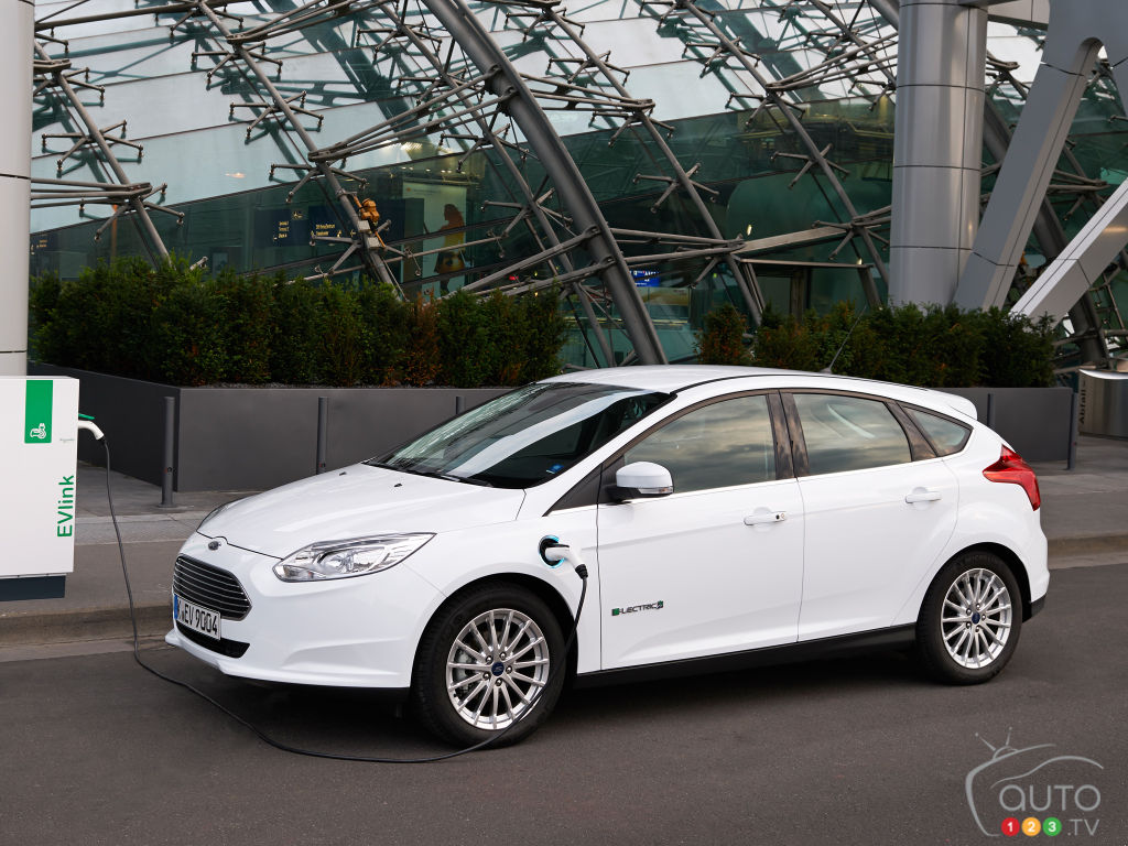 Ford Issues Recall for 50,000 Hybrid, electric vehicles