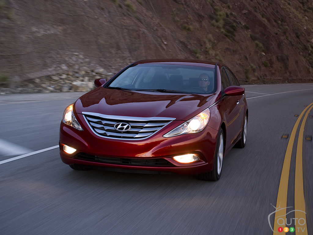 NHTSA Looking into 120 Fires in Hyundai and Kia Models