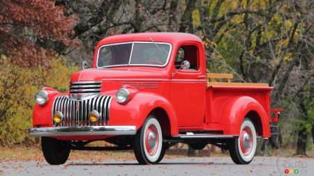 12 Chevrolet pickups that have marked history