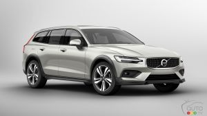 2019 Volvo V60 Cross Country: Details, Images Released