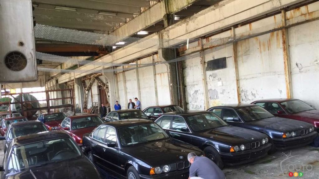 11 Never-Driven 1994 BMW E34s Found in Bulgarian Warehouse