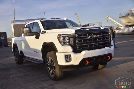 Gmc Introduces Its New Sierra Hd Car News Auto123