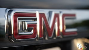 GMC Says It's Also Keen to Produce a Electric Pickup