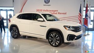 2020 Volkswagen Atlas Cross Sport Debuts: The Racier Sibling Enters Stage Left