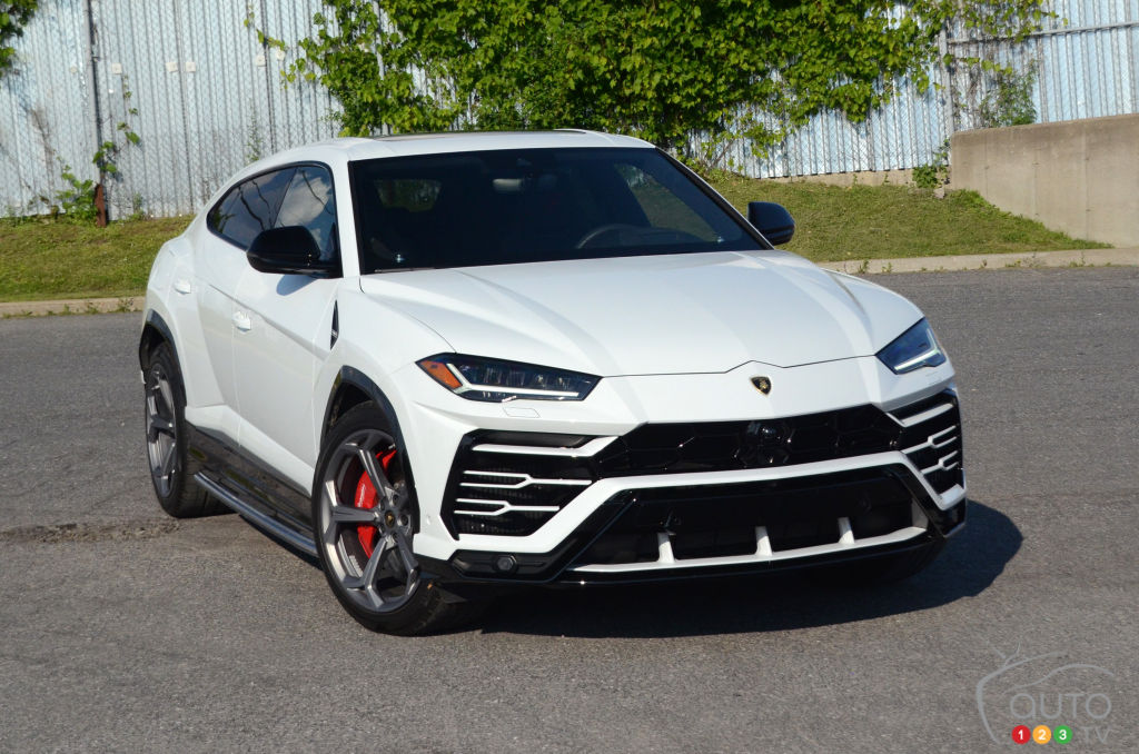 2019 Lamborghini Urus Review: The Rational Member of the Family