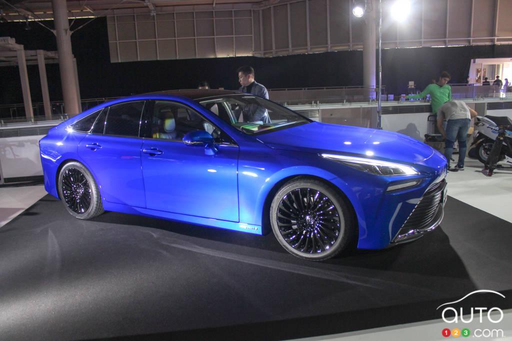 Tokyo 2019: 2021 Toyota Mirai Arrives Larger, More Luxurious