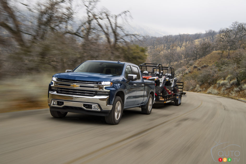 GM to Boost Towing Capacity of its 1500 Diesel Pickups