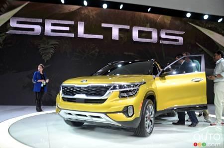 Kia Los Angeles >> Los Angeles 2019 Kia Presents 2021 Seltos Suv Car News