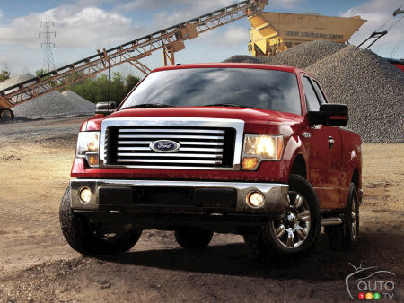 ford recalls 1 5m f 150 trucks due to transmission glitch car news auto123. Black Bedroom Furniture Sets. Home Design Ideas