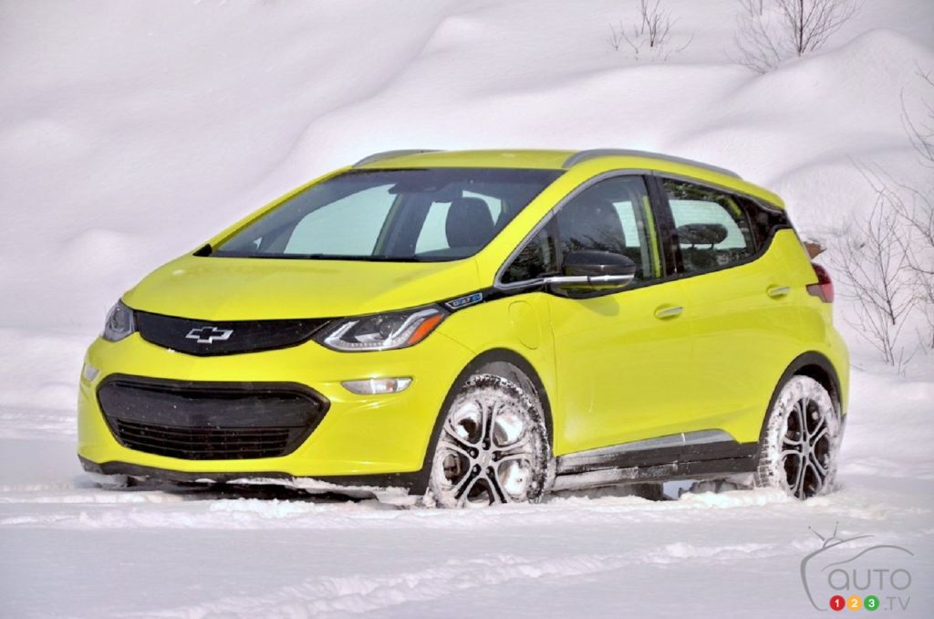 We Drove the 2019 Chevrolet Bolt in Winter: Learning to Change Habits