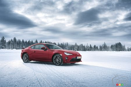 There Will Be a 2nd Generation of the Toyota 86/Subaru BRZ