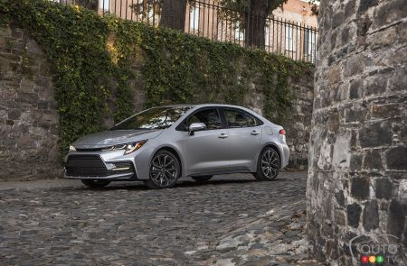 2020 Toyota Corolla Pricing And Details For Canada Car News Auto123