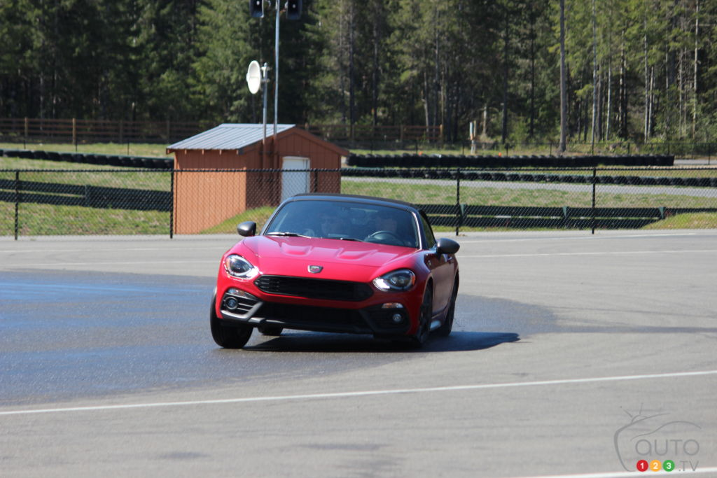 2019 Fiat Abarth 124 and Abarth 500 On-Track Review