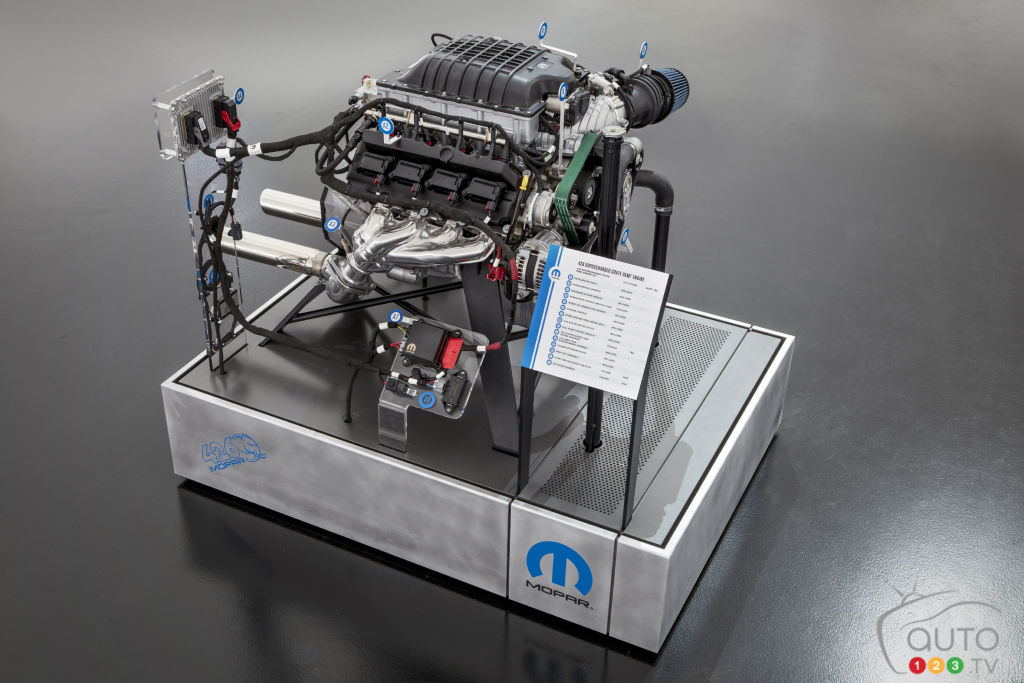 FCA's 1,000-hp Hellephant Crate Engine Is Already Sold Out