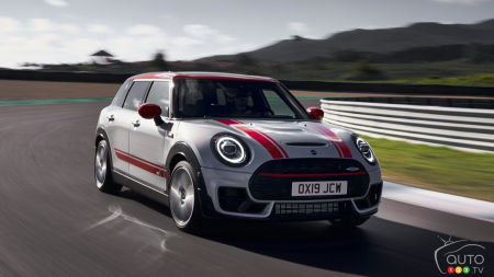 MINI Boosting Output of Two JCW Models to 301 HP for 2020
