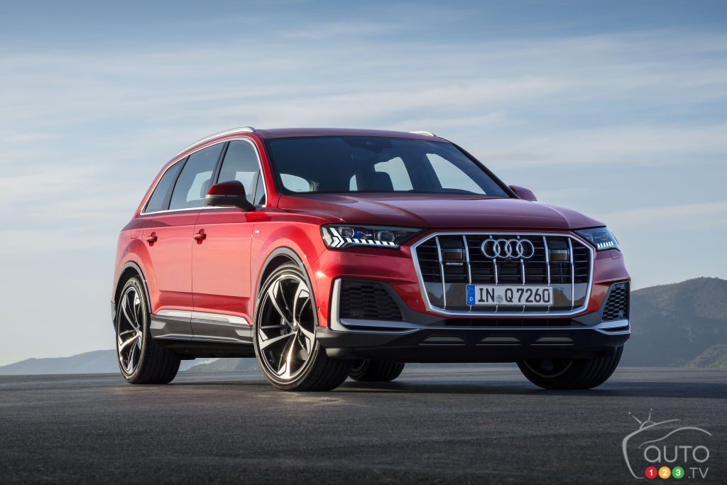 Audi Revisits Q7 SUV for 2020, and Gives it a Light Hybrid System