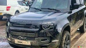 Uncovered 2020 Land Rover Defender Seen on Bond Film Set