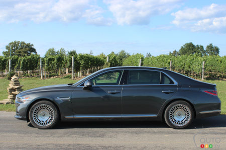2020 Genesis G90 First Drive: Presidential Purview