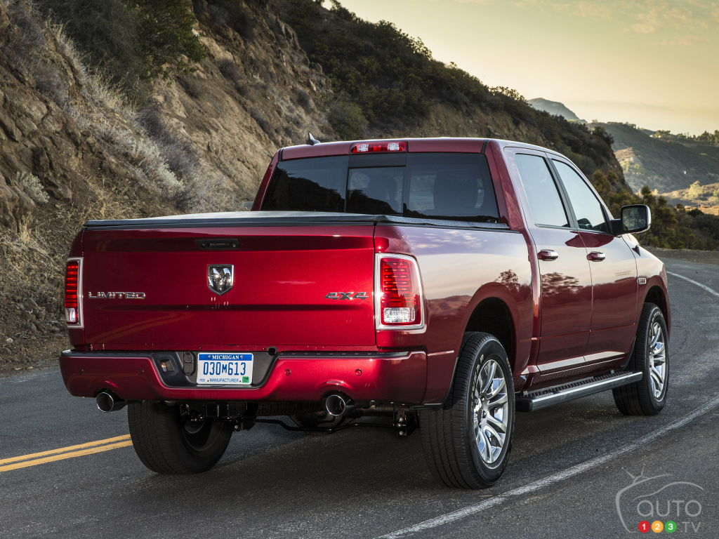 FCA Recalls Nearly 700,000 Trucks over Tailgate Issue, Including 220,000 in Canada